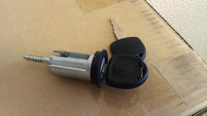 Пошаговая инструкция по замене замка двери на ВАЗ 2109