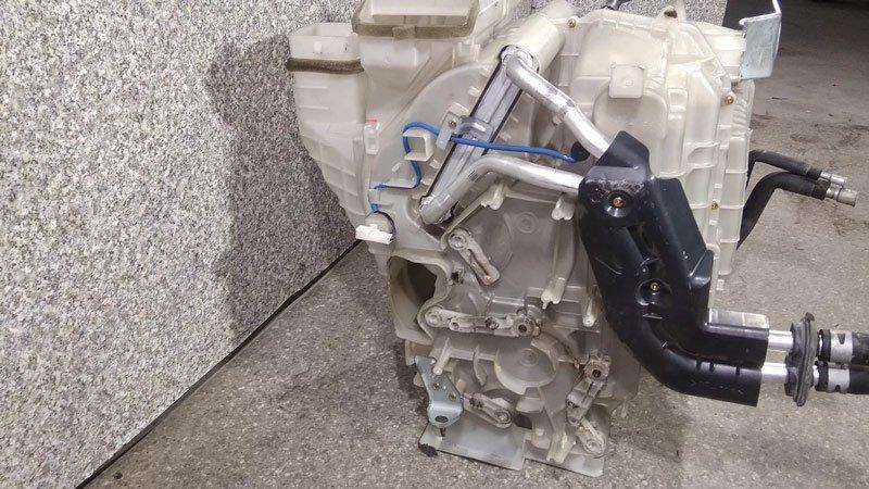 Самостоятельный ремонт печки Lexus RX300