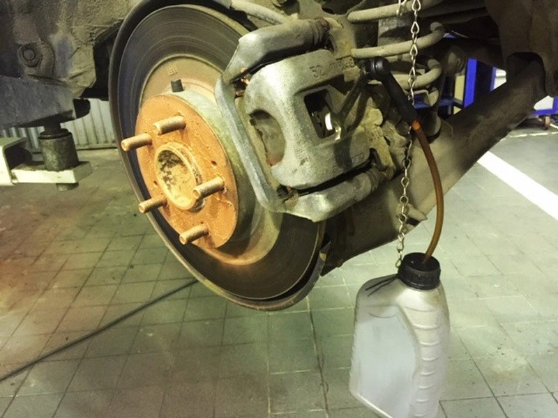 Техническое обслуживание Mitsubishi ASX: сроки, пробег, регламент