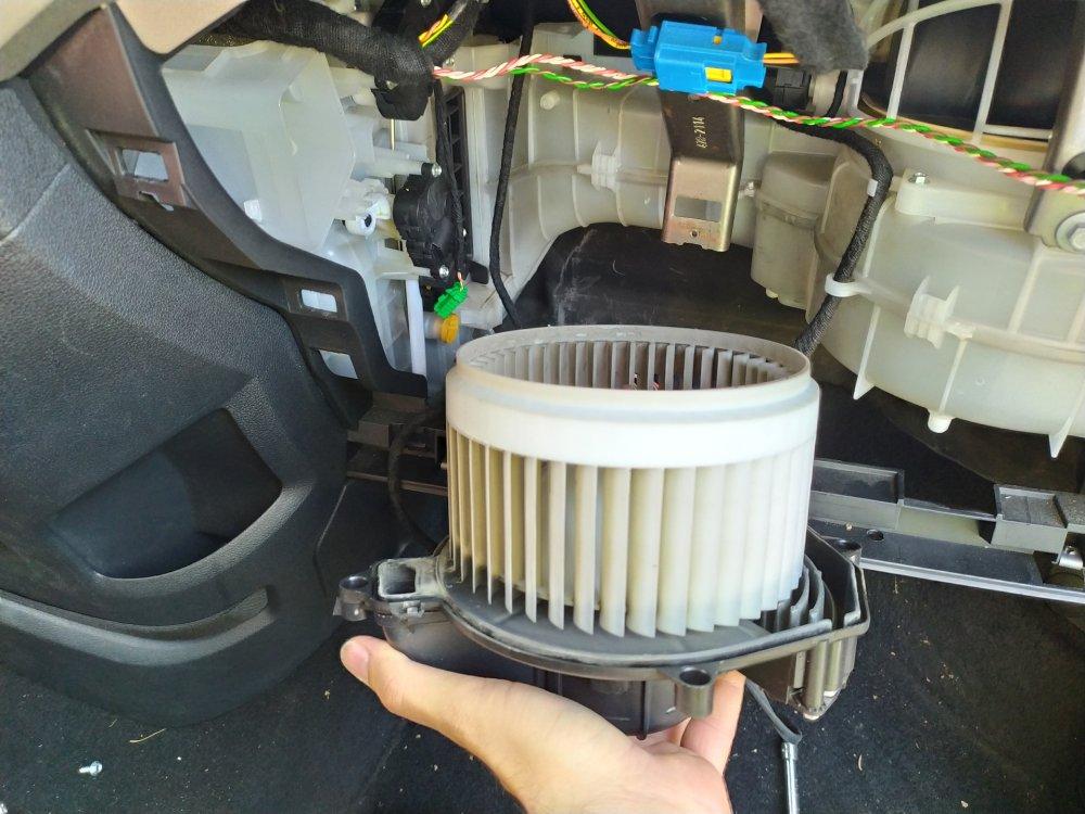 Как отремонтировать печку на Peugeot Partner