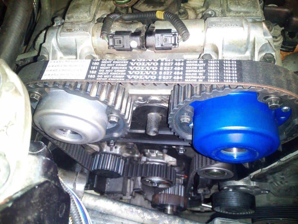 Как и по какому графику проводится техническое обслуживание для Volvo XC90