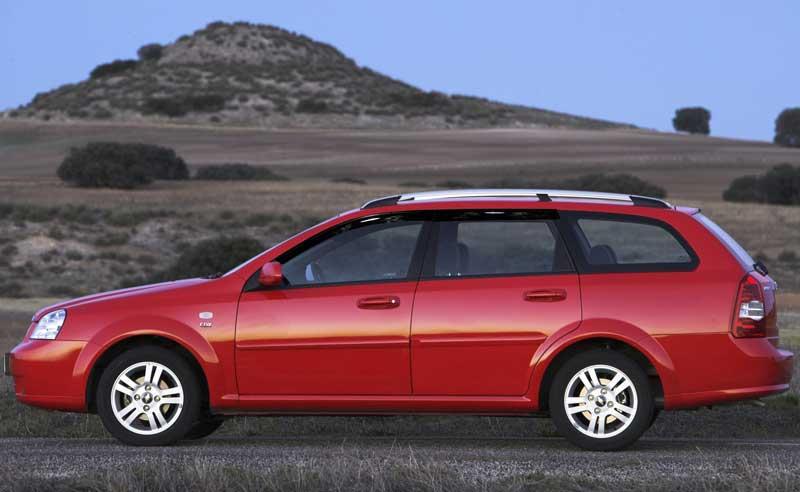 Как и с какой периодичностью проводится обслуживание автомобилей Chevrolet Lacetti