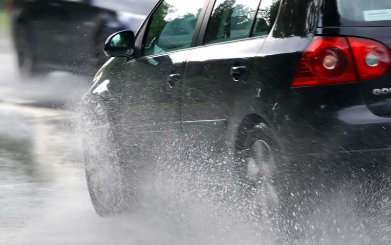 Какие существуют популярные суеверия и приметы среди автомобилистов