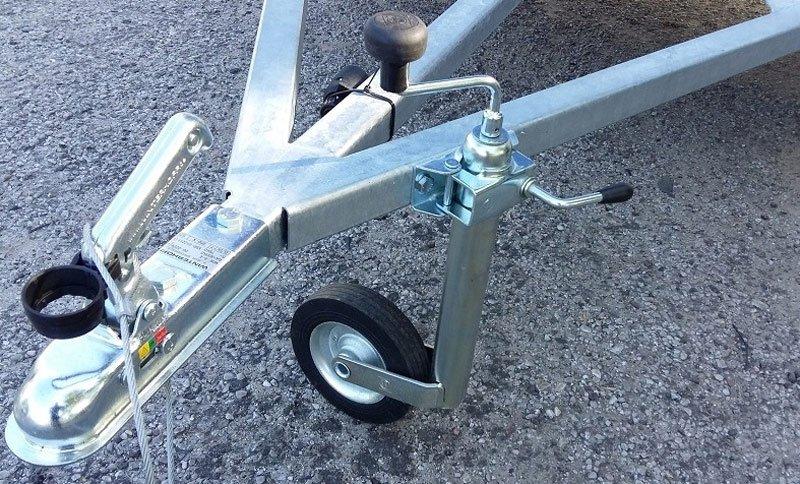 Для чего нужно опорное колесо на прицепе и как его сделать своими руками
