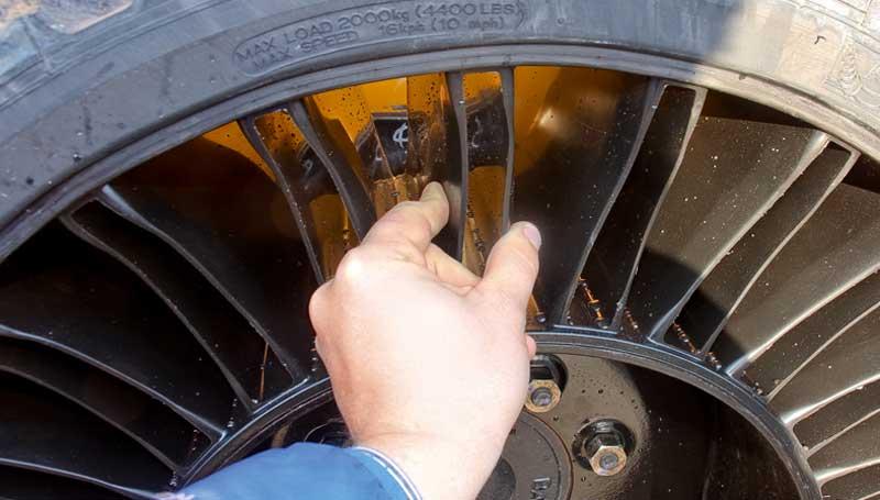 Что такое безвоздушные шины, где они используются и какими обладают преимуществами