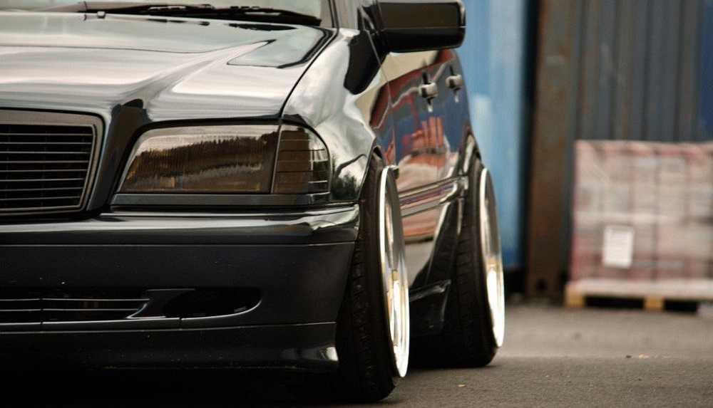 Что может провоцировать скрежет и скрип при повороте руля на автомобиле