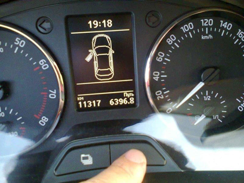 Как правильно сбросить межсервисный интервал на автомобилях Skoda Rapid
