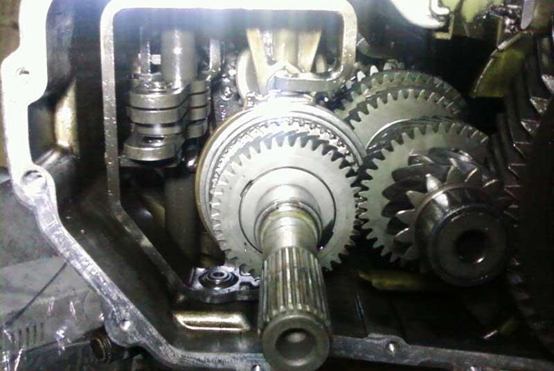 Какой механической коробке отдать предпочтение: 5МКПП против 6МКПП