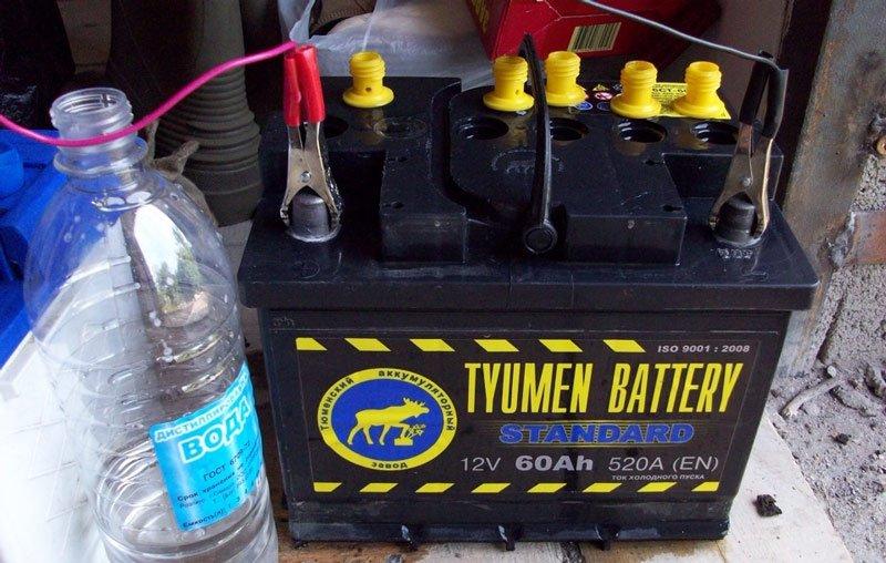 Почему электролит в АКБ становится мутным при зарядке и что делать в такой ситуации