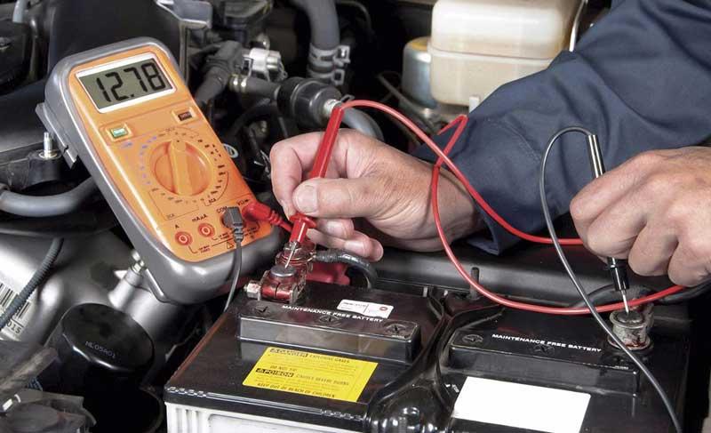 Можно ли зарядить АКБ без снятия клемм и как это правильно сделать