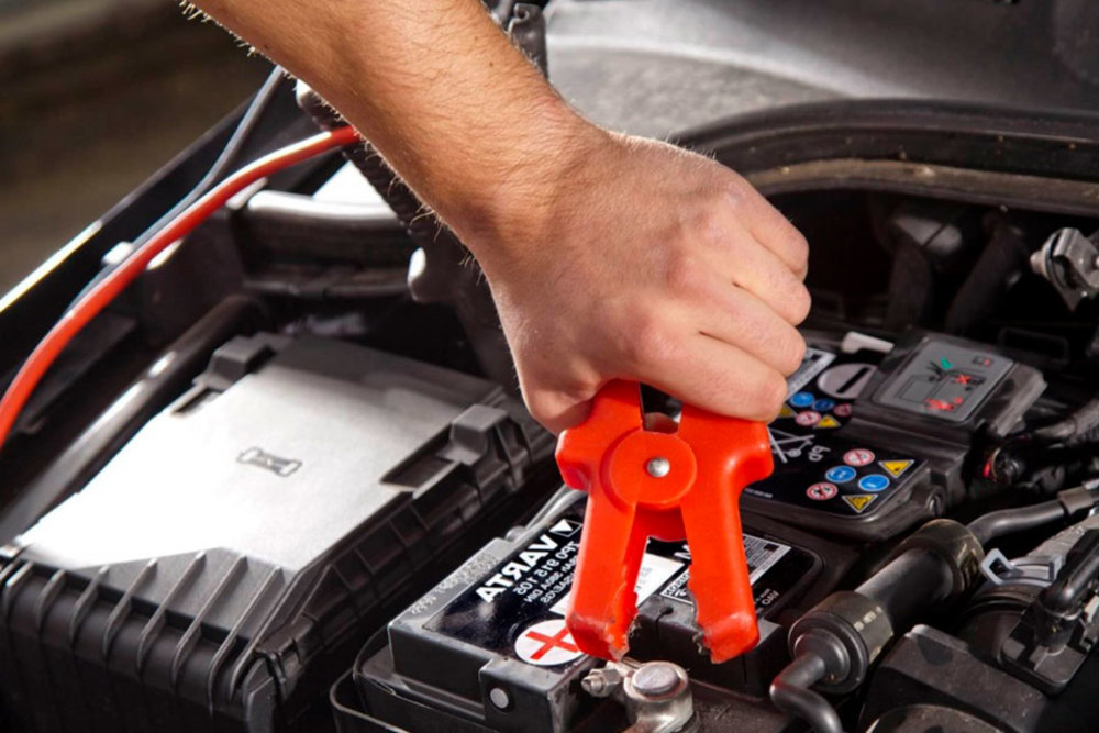 Зависимость массы автомобильного АКБ от штатной мощности