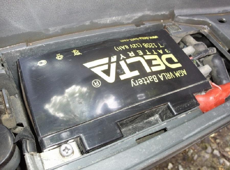 Вздулся аккумулятор автомобиля – алгоритмы решения проблемы