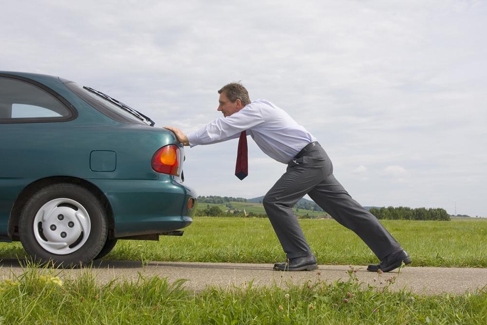 Что делать с разряженным аккумулятором — 8 способов запуска автомобиля